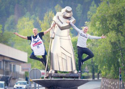 F&B Acrobatics, Dražba dresov 2015